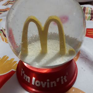 McDonald's I'm lovin it Snow Globe NIB